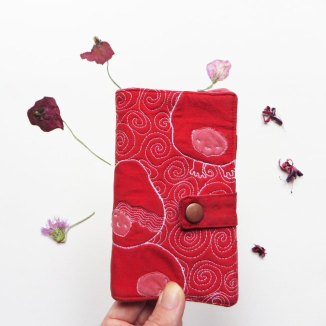 Iphone 6 quilted wallet, pouch case cover open flowers 3