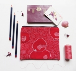 Quilted pouch red illustration threadpainted sizeflatly